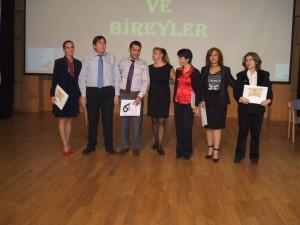 2010 Ödül Töreni İstanbul Enka okulalrında gerçekleştirildi. Yıllarca bu projeye katılarak emek vermiş öğretmenler Özel Ödüllerini aldılar.